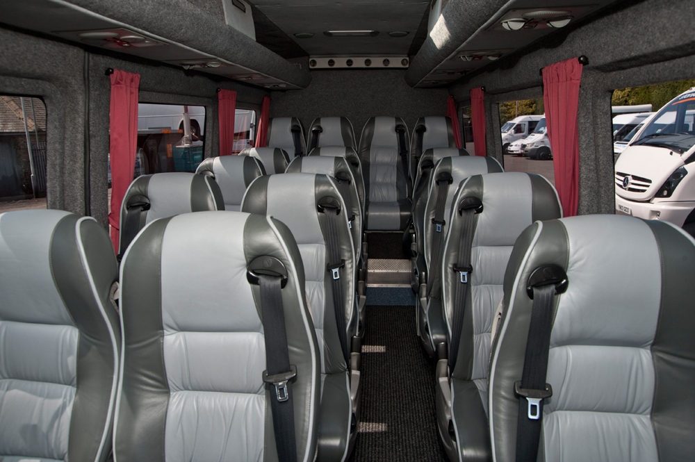 16-seet-luxury-mini-coach