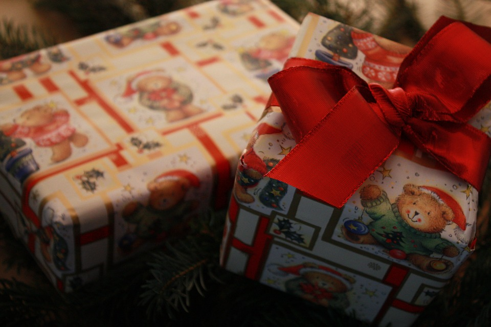 gift-67357_960_720
